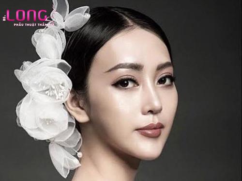 nang-mui-ket-hop-chinh-hinh-vach-ngan-co-duoc-khong-1